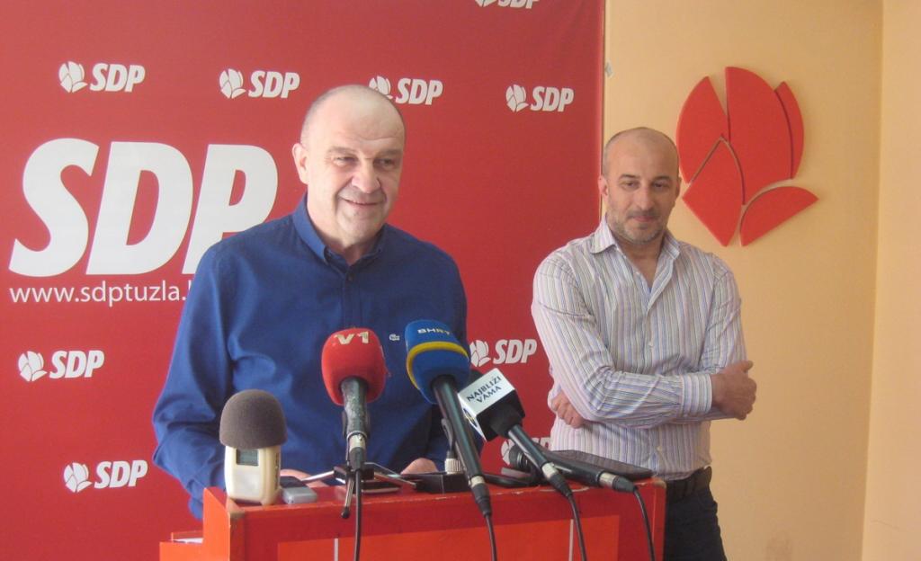SDP traži manjinsku vladu: SBB napustio koaliciju, PDA-ovci došli u posjetu