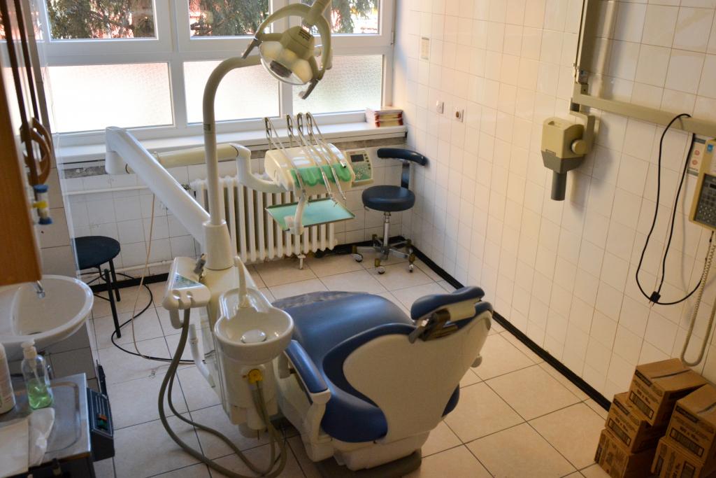 Rezultat slika za Stomatološke ambulante u Sarajevu nemaju materijala za popravak zuba, dobavljači kasne