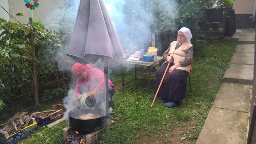 Bajram Božijih poslanika: Porodica Sinanagić njeguje tradiciju pravljenja ašure