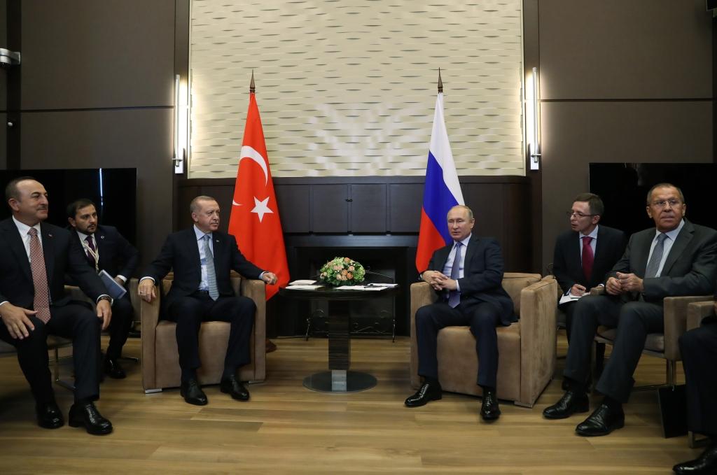 DANAS SE ZAVRŠAVA DOGOVORENO PRIMIRJE NA SJEVERU SIRIJE! Susret Erdogana i Putina: Nivo odnosa Rusije i Turske će doprinijeti rješavanju problema u regionu!