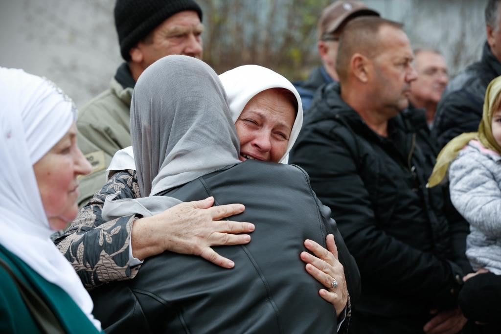 VOJSKA RS-a STRIJELJALA CIVILE U LJETO 1992. GODINE! U Hadžićima danas klanjana kolektivna dženaza za 12 civilnih žrtava rata!
