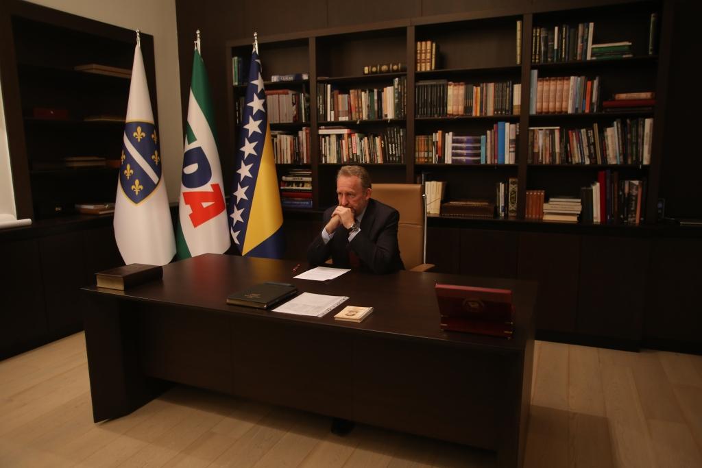 Izetbegović uputio čestitku za Dan državnosti: Prisjetimo se hrabre generacije bh. patriota