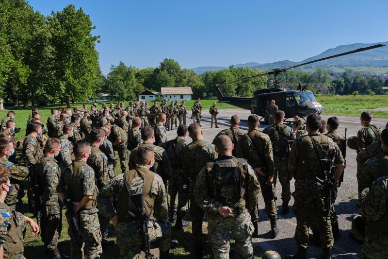 Obuka pod nadzorom NATO-a: Oružane snage ispunjavaju standarde Alijanse, ocjenjivanje na jesen