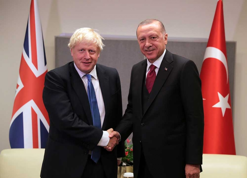 URAVNOTEŽENI STAVOVI: Erdogan razgovarao s Johnsonom o istočnom Mediteranu, armenskim napadima na Azerbejdžan