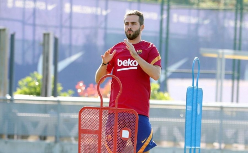 Miralem Pjanić odabrao broj koji je nosila legenda Barcelone