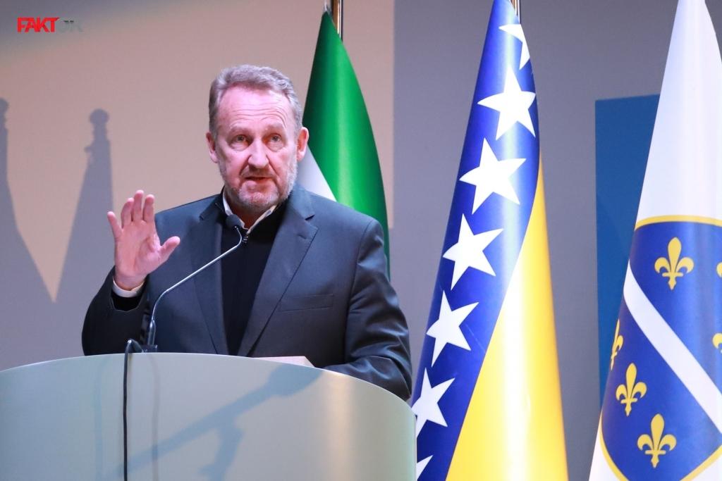 Izetbegović na 30. godišnjici MOS-a: BiH nije prosti zbir tri naroda, ona je puno više od toga