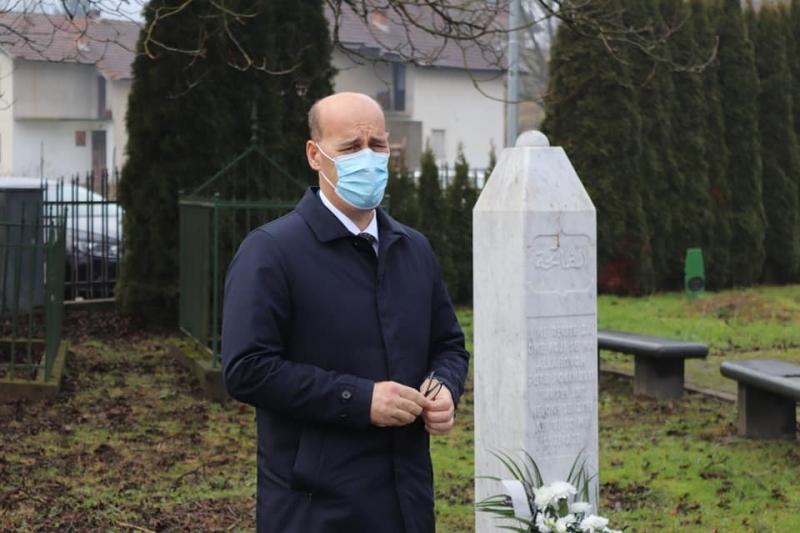 Salkić: Danas pred očima cijelog svijeta predstavnici bosanskih Srba provode završnu fazu genocida