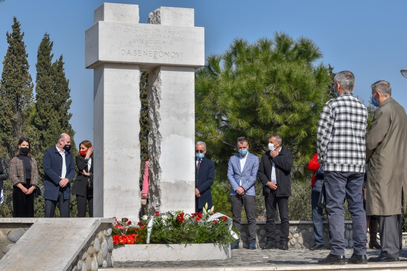 """Godišnjica otmice u Štrpcima: """"Samo da nam je da se njihove kosti nađu i dostojanstveno sahrane"""""""