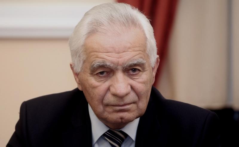 TREĆI SLUČAJ U PORODICI - Od posljedica COVID-19 preminuo Mirko Krajišnik, brat ratnog zločinca Momčila Krajišnika