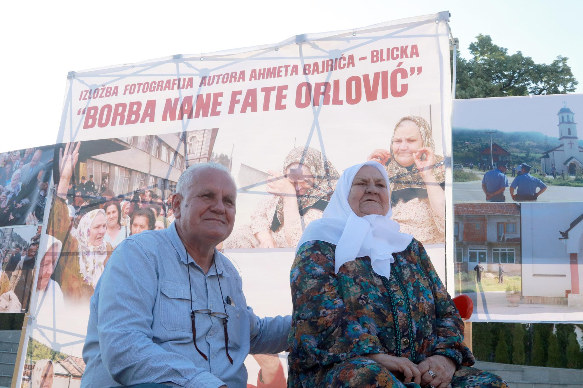 """U Tuzli otvorena izložba fotografija """"Borba nane Fate Orlović"""""""